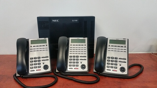 NEC SL1100 phone system with 3 handsets